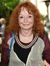 Vivian Naefe