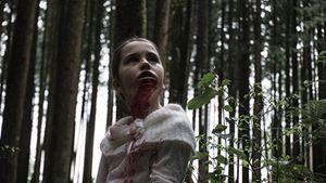 """""""The Hollow Child"""": Im neuen Trailer zum Horror-Thriller wird ein Mädchen zum Monster"""