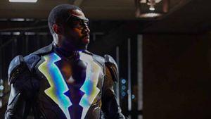 """""""Black Lightning"""": Elektrisierender DC-Superheld startet jetzt auf Netflix durch"""