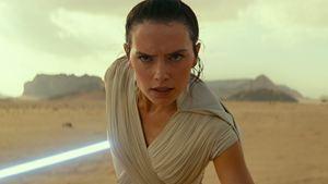 """""""Star Wars 9"""": Auf diese Art half """"Star Wars 8""""-Regisseur Rian Johnson"""