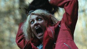 """Der Wald wird zum Killer! Deutscher Trailer zum blutigen Horror-Thriller """"Hunted - Waldsterben"""""""