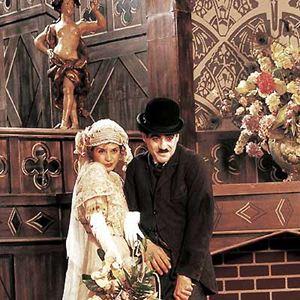 Chaplin : Bild Moira Kelly, Richard Attenborough, Robert Downey Jr.