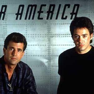 Air America : Bild Mel Gibson, Robert Downey Jr., Roger Spottiswoode