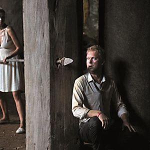 Jungle - In der Gewalt der Kannibalen : Bild Sergey Svetlakov, Vera Brezhneva