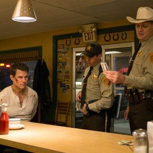 Jack Reacher 2: Kein Weg zurück : Bild Jason Douglas, Judd Lormand, Tom Cruise