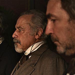Das wunder von lourdes film 2011 - Age de francis huster ...