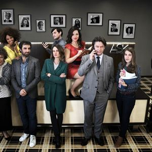 Bild Assaad Bouab, Camille Cottin, Fanny Sidney, Grégory Montel, Laure Calamy