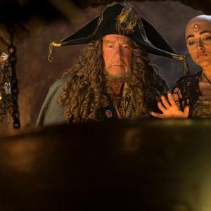 Pirates Of The Caribbean 5: Salazars Rache : Bild Geoffrey Rush, Golshifteh Farahani