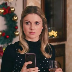 A Christmas Prince - Film 2017 - FILMSTARTS.de