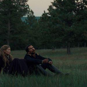 Feinde - Hostiles : Bild Christian Bale, Rosamund Pike