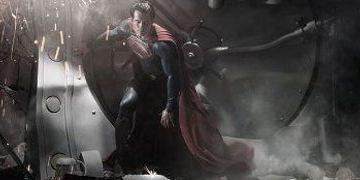 "Zack Snyders ""Man of Steel"":  Warner Bros enthüllt neues Superman-Logo"