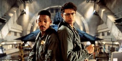 """""""Independence Day 2 + 3"""": Roland Emmerich verrät die Story der beiden Sci-Fi-Sequels"""