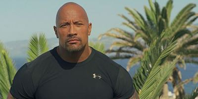 "Dwayne Johnson tatsächlich in ""Baywatch""-Film: ""This is my beach bitch!"""
