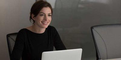 "Anna Hathaway wird ""The Ambassador's Wife"""