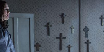 """""""The Conjuring 2"""": Die Warrens in Furcht auf neuen Postern zum Horror-Sequel"""