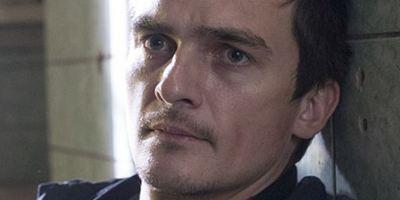 """Homeland""-Star Rupert Friend bei Dreharbeiten zur sechsten Staffel verletzt"