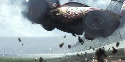 """""""Cars 3"""": Erster Teaser-Trailer zur Rückkehr von Lightning McQueen"""