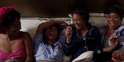 """""""Girls Trip"""": Queen Latifah und Jada Pinkett Smith lassen es im ersten Trailer zur Komödie ordentlich krachen"""