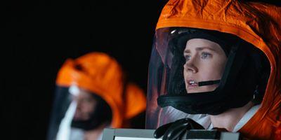 """""""Extinction"""": """"Arrival""""-Autor Eric Heisserer schreibt neuen Sci-Fi-Thriller mit Michael Peña in der Hauptrolle"""