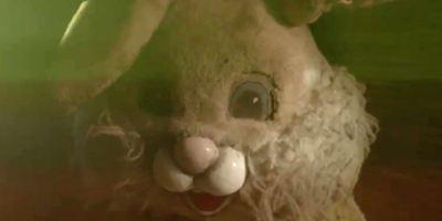 """Erster Trailer zu """"Bunnyman Vengeance"""": Der verrückte Killer im Hasenkostüm schlägt wieder zu"""