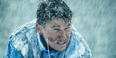 """So sieht das neue Kinoformat der Zukunft aus: Trailer zum Survival-Thriller """"6 Below"""" mit Josh Hartnett"""