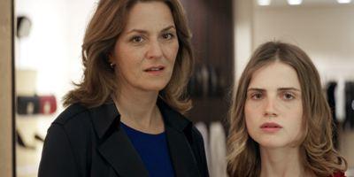 """Selbstmord und Schuldgefühle: Erster Trailer zu """"Wir töten Stella"""" mit Martina Gedeck und Mala Emde"""