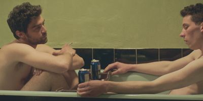 """God's Own Country"": Trailer zum Kinostart des preisgekrönten Queer-Dramas"