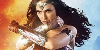 """Gal Gadot erklärt den Widerspruch zwischen """"Batman V Superman"""" und den """"Wonder Woman""""-Filmen"""