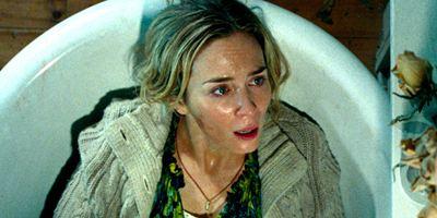 """""""A Quiet Place"""": Im ersten deutschen Trailer zum gruseligen """"Stumm""""-film darf Emily Blunt keinen Mucks machen"""