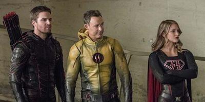 Die Nazi-Versionen von Supergirl, Arrow und The Flash greifen an: Langer Trailer zum großen DC-Crossover