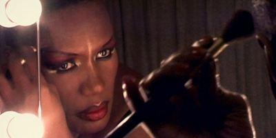"""Exklusiv bei uns zuerst: Deutscher Trailer zum Dokumentarfilm """"Grace Jones: Bloodlight And Bami - Das Leben einer Ikone"""""""