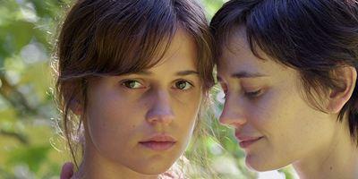 """""""Euphoria"""": Im ersten Trailer spielen Oscarpreisträgerin Alicia Vikander und Eva Green Schwestern in der Krise"""