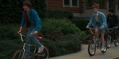 """""""Summer Of '84"""": Erster Trailer zum Serienkiller-Horror in """"Stranger Things""""-Optik"""