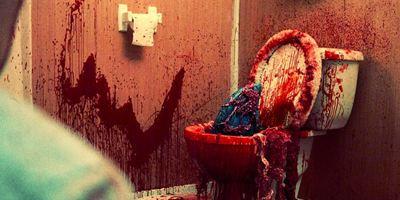 "Der Killer kommt durchs Klo: Trailer zum Hai-Trash ""House Shark"""