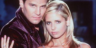 """Zum 21-jährigen """"Buffy""""-Jubiläum teilt Sarah Michelle Gellar noch nie zuvor gesehene Bilder"""