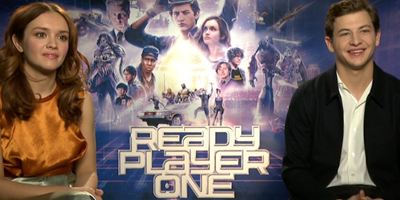 """Unser Interview mit Tye Sheridan, Olivia Cooke und Simon Pegg zu """"Ready Player One"""": Wie viele der Popkultur-Anspielungen habt ihr verstanden?"""