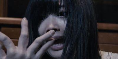 """""""Vampire Clay"""": Im blutigen Trailer werden Menschen von lebendigen Tonskulpturen gefressen"""