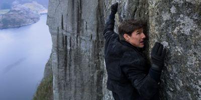 """Mission: Impossible – Fallout"": Atemberaubende Stunts und Tom Cruise vs. Henry Cavill im neuen Trailer"