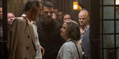 """Auf den Spuren von """"John Wick"""": Im deutschen Trailer flickt Jodie Foster im """"Hotel Artemis"""" Gangster zusammen"""
