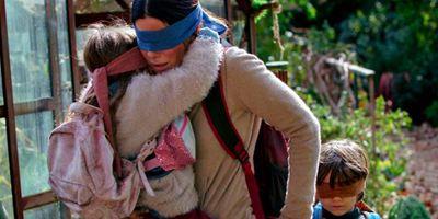 """""""A Quiet Place"""" mit Blinden: Erster Trailer zum Netflix-Horror """"Bird Box"""" mit Sandra Bullock"""