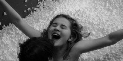 "Freude am Sex, Freude am Leben: Trailer zur Coming-Of-Age-Komödie ""Slut In A Good Way"""