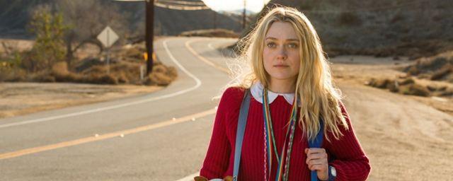 """Fast wie Tarantino: Im Trailer zu """"Please Stand By"""" bringt Dakota Fanning ihr """"Star-Trek""""-Skript nach Hollywood"""