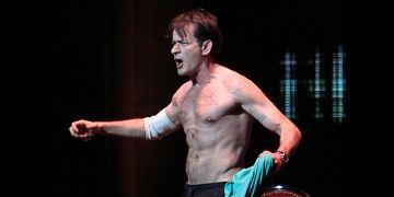 Live-Show: Charlie Sheen hetzt gegen Oliver Stone