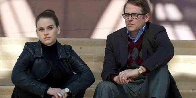 """""""Dirty Weekend"""": Im Trailer zur Tragikomödie tauschen Matthew Broderick und Alice Eve pikante Geheimnisse aus"""