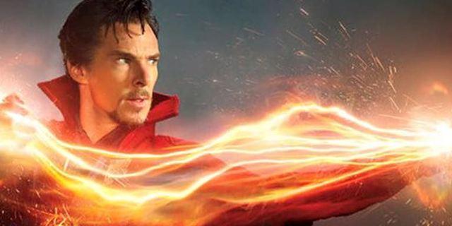 """Nach Drehende von """"Doctor Strange"""": Benedict Cumberbatch überrascht Fans in New Yorker Comicladen"""