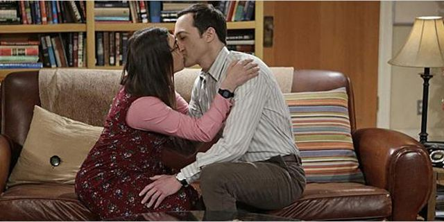 """The Big Bang Theory"": Showrunner spricht über Amys und Sheldons gewagtes Experiment"
