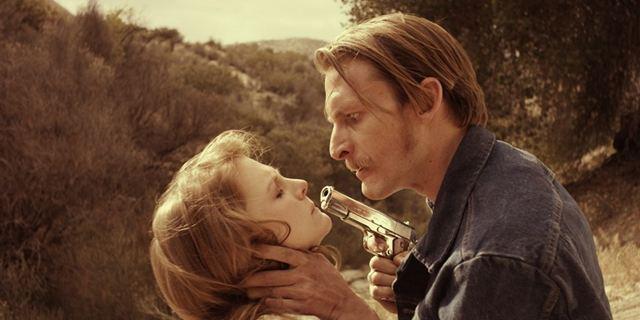 """""""Carnage Park"""": Erster deutscher Trailer zum Backwood-Horror mit Ashley Bell"""