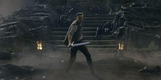 """Zum Kinostart von """"King Arthur: Legend Of The Sword"""": Das sind die ikonischsten Schwerter aus Filmen und Serien"""