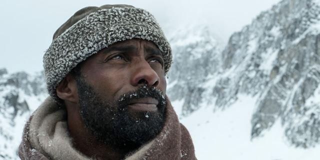 """Deutscher Trailer: """"Zwischen zwei Leben - The Mountain Between Us"""": Überlebenskampf mit  Idris Elba und Kate Winslet"""