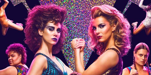 """In """"GLOW"""" trifft knallhartes Frauenwrestling auf 80s-Flair: Start der neuen Netflix-Serie der """"Orange Is The New Black""""-Macher"""